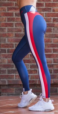 Luxury women's sports leggings with a high Modena waist