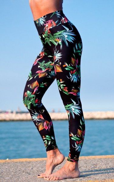 Night Jungle Leggings